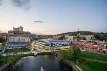 """UMass Amherst Among Top-20 """"Coolest Schools"""" on Environmental Issues"""